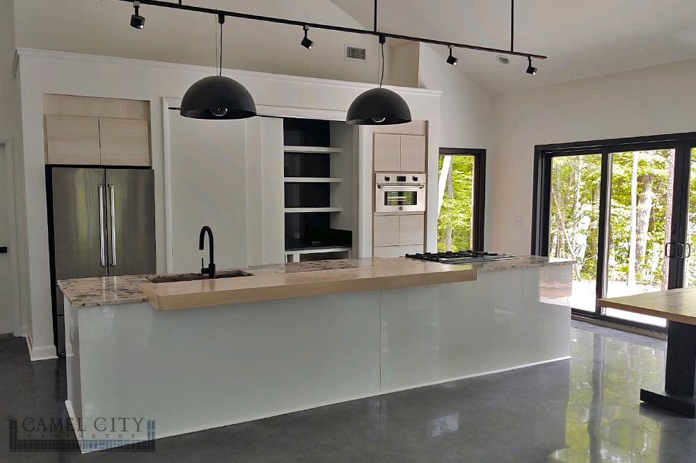 1000x666-CCC-Frameless-Kitchen-1-Waternark